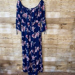 NWT Forever 21 Floral Jumpsuit Size Large